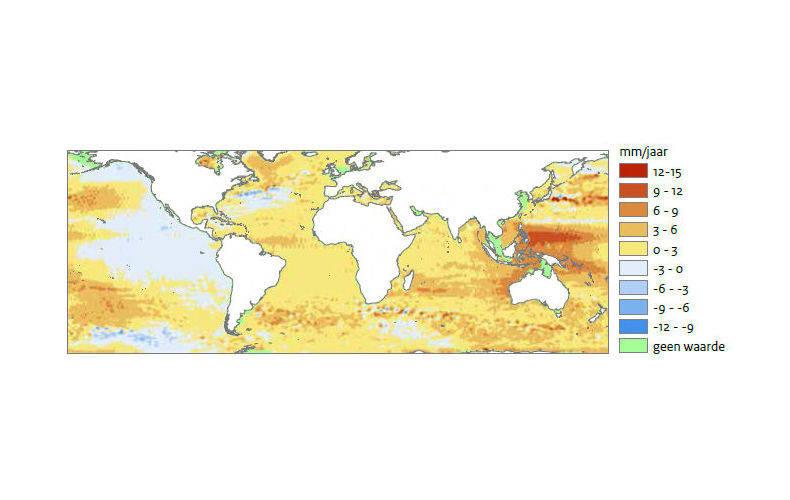 Figuur 4: Tempo van de zeespiegelstijging in de periode 1993-2012. Merk op dat deze satellietgegevens geen waarde vermelden voor de Nederlandse kust.