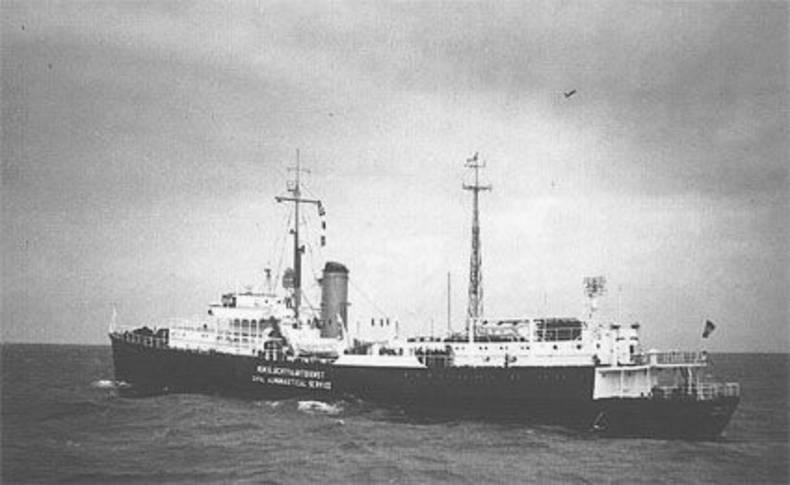 afbeelding van weerschip Cumulus. Dit schip was op 13 januari 1953 vertrokken en zou volgens de planning 12 februari 1953 weer binnen zijn.