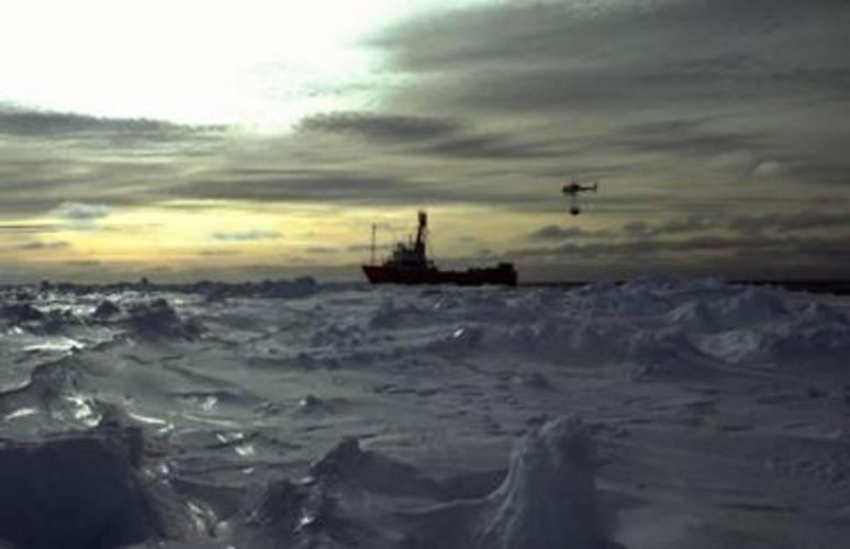 zeeijs rond Antarctica (foto: R. Bintanja)