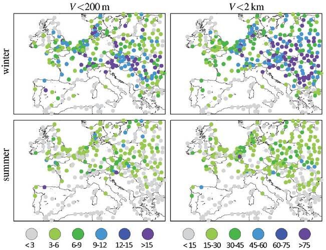 Figuur 1. Aantal dagen met dichte mist en nevel in het winter- en het zomerhalfjaar in Europa gemiddeld over 1976-2006.