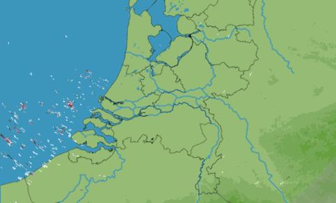 Voorbeeld van zeeclutter in het radarbeeld. Typische zomerse situatie met een warm land en koude zee. Echo's handhaven zich de hele dag net uit de kust.