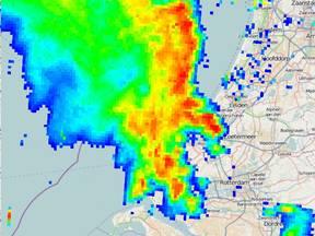Beelden van de neerslagradar om 06.00 uur