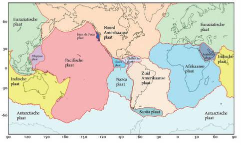 een overzicht van de belangrijkste tektonische platen. Ze worden begrensd door de mid-oceanische ruggen en diepzeetroggen.