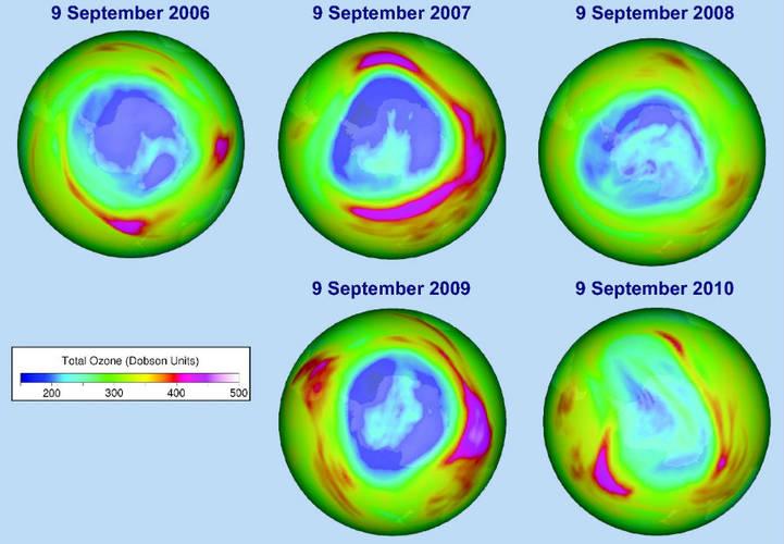 Totale hoeveelheid ozon boven Antarctica op 9 september 2006, 2007, 2008, 2009 en 2010, gebaseerd op meetgegevens van het SCIAMACHY instrument aan boord van de millieusatelliet ENVISAT