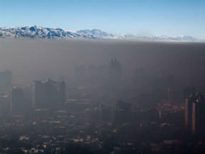 Smog boven Almaty, Kazachstan