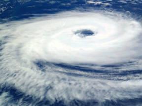 Dit is een afbeelding van een tropische cycloon.