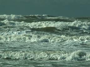 Golven op zee, Ameland (Bron: Martha Appelman, Ameland)