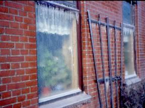 Alles lag in maart 1987 onder een dikke laag ijs (Bron: Jannes Wiersema)