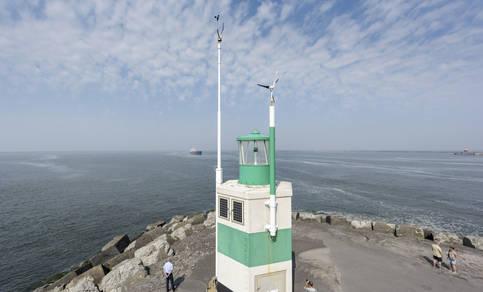 foto van windmeter op de Oude Zuidpier in IJmuiden