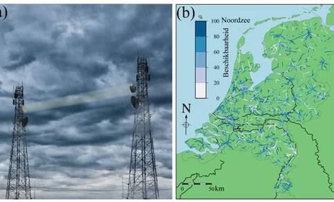 Uit de demping van de elektromagnetische signalen tussen de gsm-masten (kaart toont locaties straalverbindingen) kan de regenintensiteit worden berekend (© identim/Shutterstock)