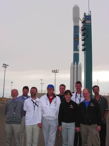 Een deel van het OMI-team bij de lancering van de Aura-satelliet in 2004