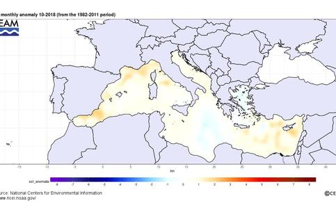 Figuur 2: Abnormaal warm zeewater rondom Italië in oktober 2018 (Bron: CEAM/NOAA).