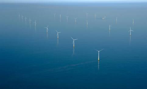 windmolenpark in de noordzee