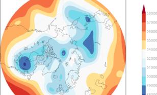 Kaart van verwachte hoogte van het 500 hPa vlak (dm). De luchtstroming in de onderste 10 kilometer van de atmosfeer volgt ongeveer de lichte band die rond de pool slingert en brengt dus poollucht naar centraal Noord Amerika.