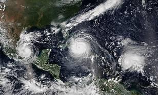 afbeelding van trio orkanen katia, irma en jose