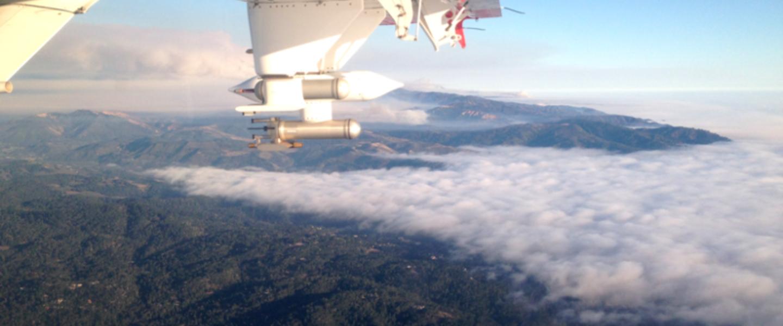 Metingen aan bosbrandrook, aerosolen, en wolkenvorming met een onderzoeksvliegtuig van het Center for Interdisciplinary Remotely-Piloted Aircraft Studies
